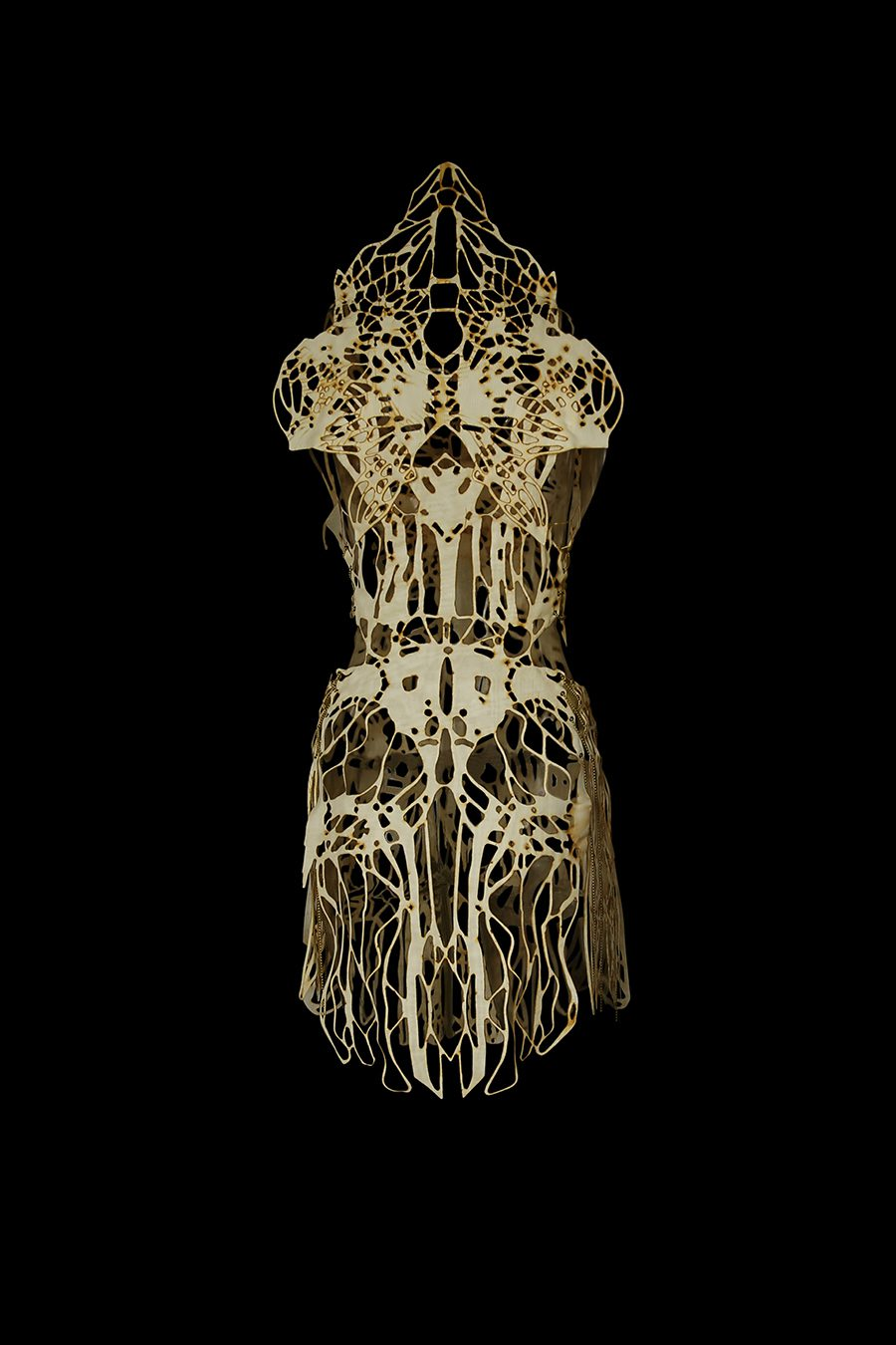 2017-Amy-Karle-Internal-Collection-cream-garment-based-on-tendons-and-ligaments-v1-02
