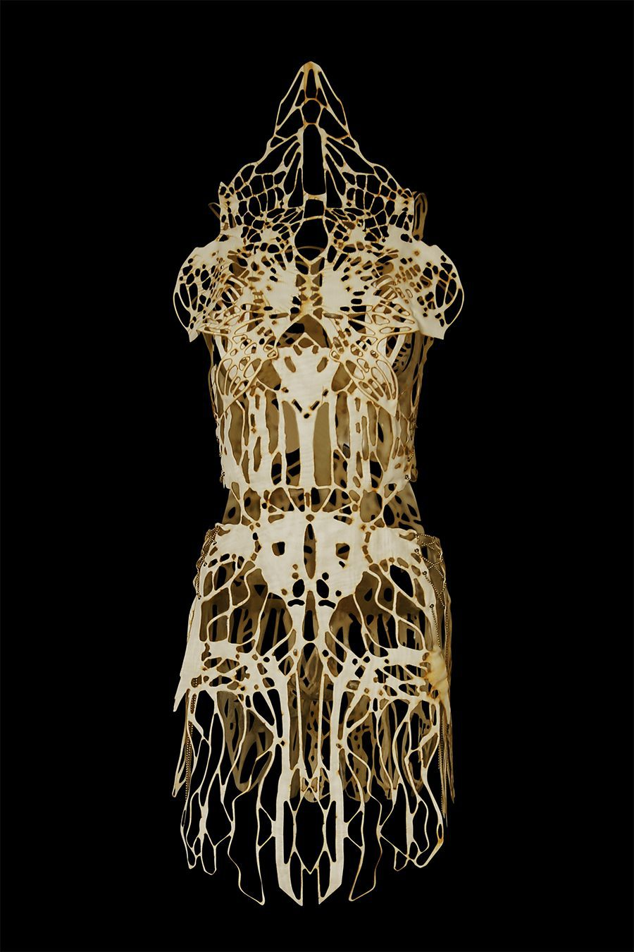 2017-Amy-Karle-Internal-Collection-cream-garment-based-on-tendons-and-ligaments-v2-05